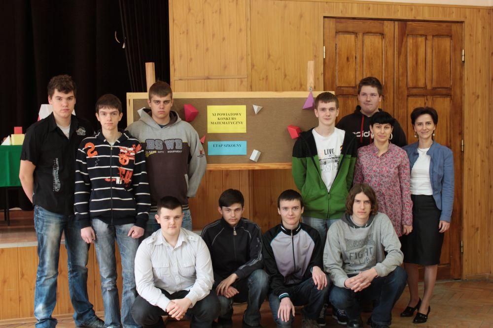 Szkolny etap konkursu matematycznego 2011