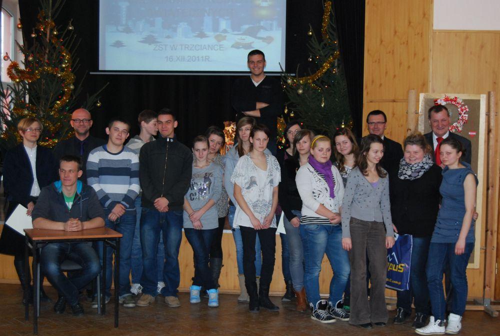 Powiatowy konkurs stroików świątecznych 2011