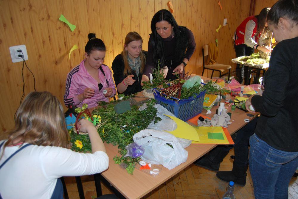 Powiatowy konkurs stroików wielkanocnych 2013