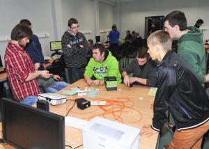 Laboratorium sieci komputerowych – klasa 4 – 2013