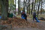 Sprzątanie cmentarza parafialnego w Trzciance 2019